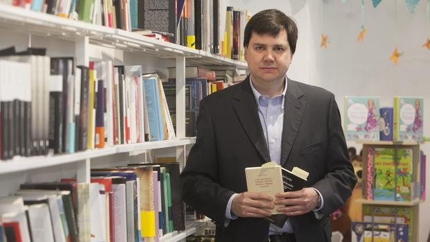 José Luis Rey, en la presentación de dos de sus libros