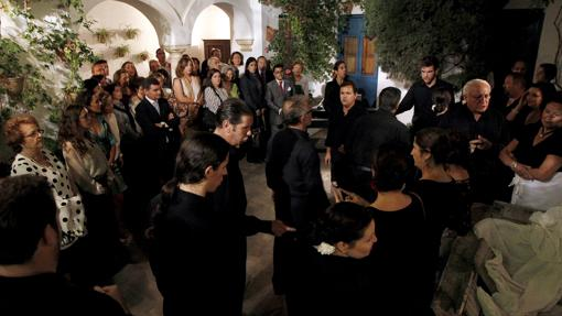 Un momento de la representación de «Patios de Viana. Un musical de Palacio»
