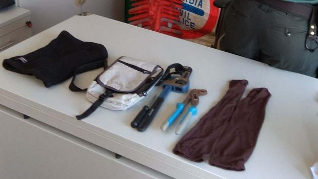 Parte del material requisado por la Guardia Civil a los ladrones detenidos en Matalascañas