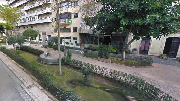 La presunta agresión y los abusos tuvieron lugar en la céntrica plaza Marqués de Heredia de Almería