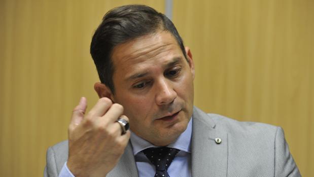 Antonio Fernández, abogado y hermano del prófugo de Malaya Carlos Fernández