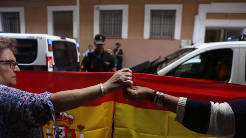 La sociedad civil andaluza se moviliza ante la secesi n - Policia nacional cadiz ...