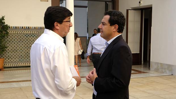 Los dos líderes políticos este miércoles en el Parlamento