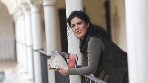 La escritora y periodista sevillana Eva Díaz Pérez
