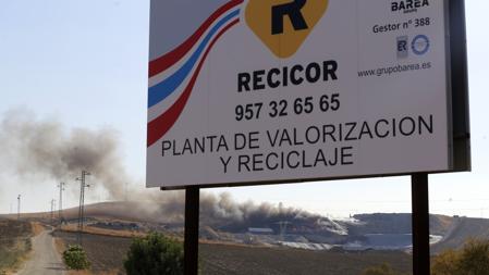 Instalaciones de Recicor durante el incendio