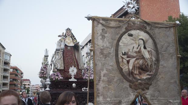 Santa Teresa de Jesús, en la procesión de la Virgen del Carmen
