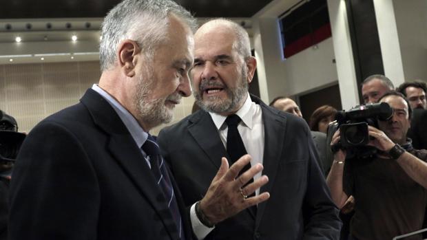 José Antonio Griñán y Manuel Chaves en un acto en Sevilla