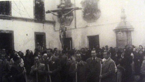 El Cristo de la Misericordia, en la procesión de rogativas de 1949