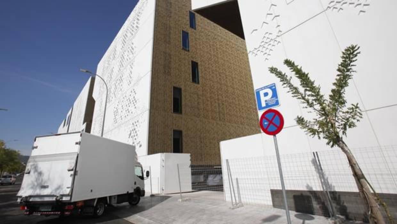 Una oficina fiscalizar los contratos p blico privados de for Oficina junta de andalucia