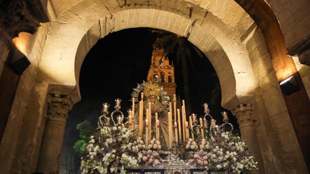 La Virgen del Rayo en procesión