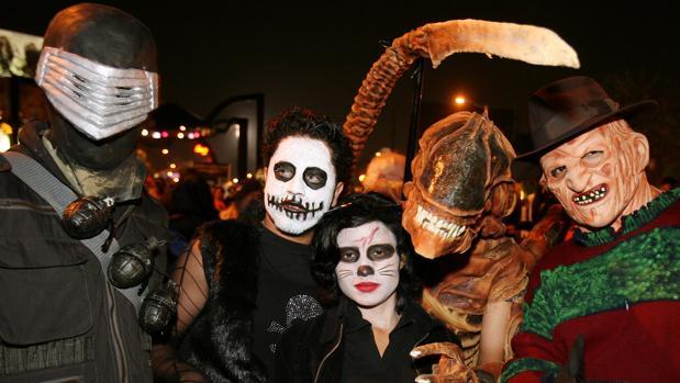 Córdoba Un grupo de jóvenes disfrazados para celebrar Halloween