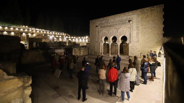Visita nocturna al yacimiento de Medina Azahara