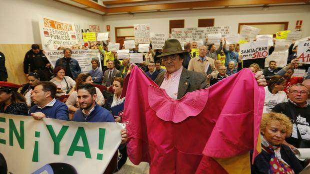 Colectivos presentes en el Pleno del Ayuntamiento de Córdoba