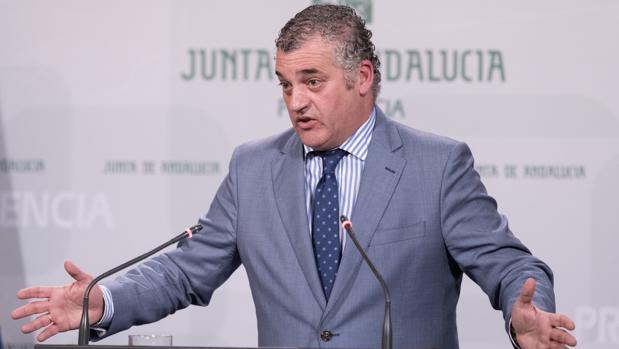 El consejero de Empleo, Javier Carnero