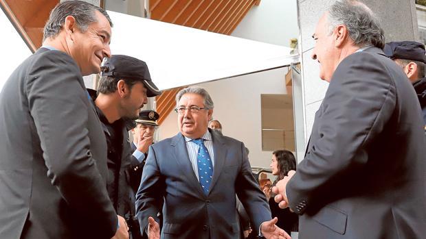Hemeroteca: Interior pone fecha a la inauguración de la cárcel que ocupan inmigrantes | Autor del artículo: Finanzas.com