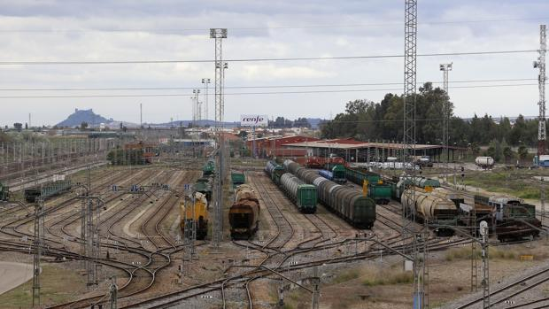 Estación de trenes de mercancías de El Higuerón