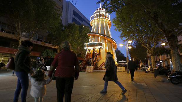 Imagen del «helter skelter» que ha montado Centro Córdoba en el bulevar de Gran Capitán