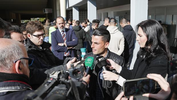 Jorge Romero atiende a la prensa en Reina Sofía