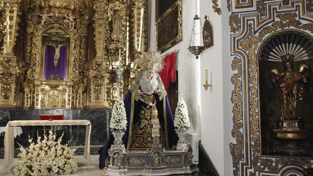 La Reina de los Ángeles en el interior de la iglesia del Císter
