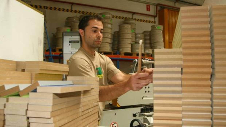 C rdoba segunda provincia en exportaci n de muebles for Registro bienes muebles sevilla
