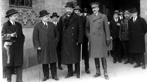 José Cruz Conde, en un acto de la Exposición Iberoamericana de Sevilla en 1929, de la que fue comisario