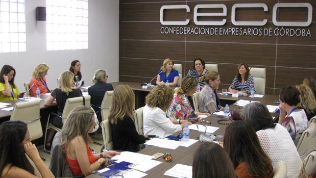 Foro, en junio, con la directora de la ONCE en Córdoba y la directora financiera en Andalucía de Pecomark