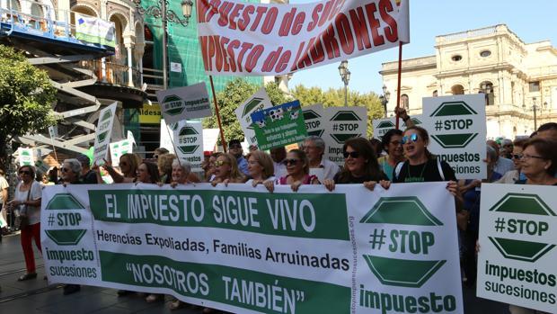 Manifestación organizada por Stop Impuesto Sucesiones en Sevilla el pasado mes de octubre