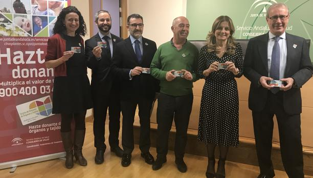 La Consejera Marína Álvarez, segunda por la derecha, presentó este jueves el balance de trasplantes en Andalucía