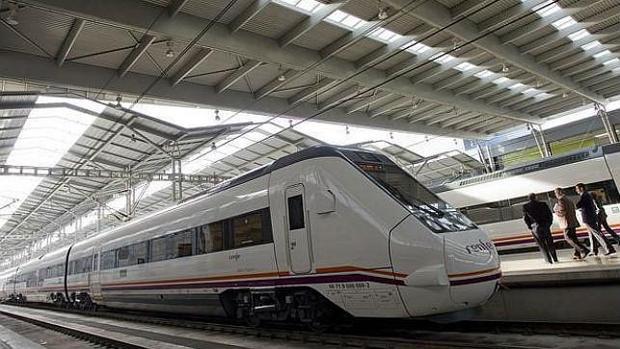 Imagen de archivo de un tren de ala velocidad