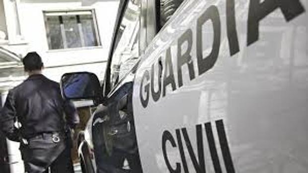 La Guardia Civil intervino dos mil euros en la operación