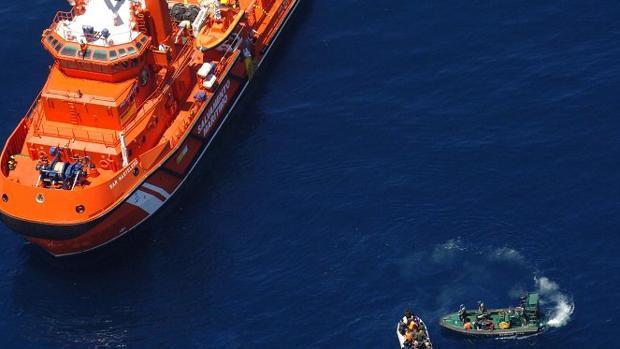 Un rescate en pleno mar de Alborán