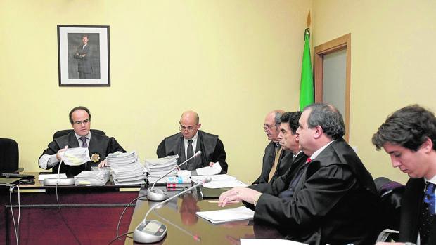 El magistrado del Juzgado de lo Mercantil, Antonio Fuentes, durante una vista