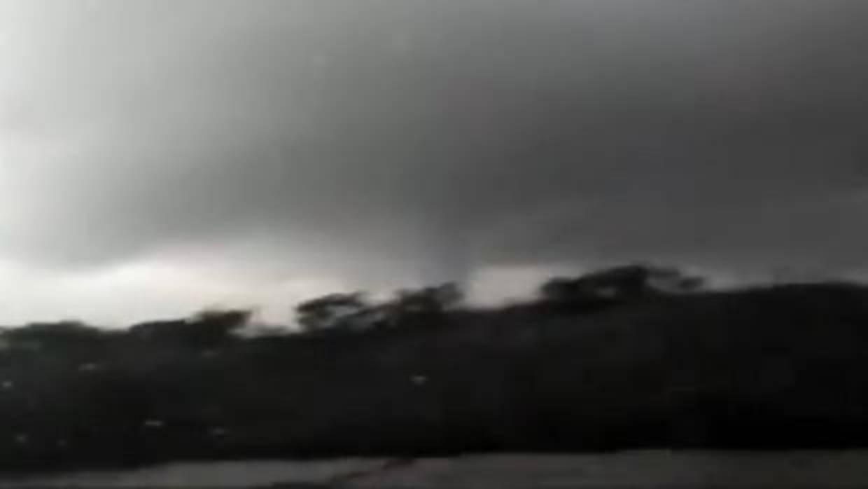 El tiempo en andaluc a un tornado causa destrozos en varios municipios de huelva - Tornados en espana ...