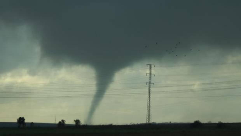 Da os en huelva por los fuertes vientos - Tornados en espana ...