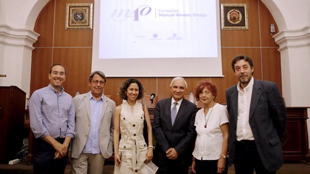 Participantes en una actaividad de la Fundación Manuel Álvarez Ortega en Córdoba