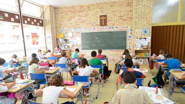Los profesores pierden poder adquisitivo pero se incrementan sus horas lectivas