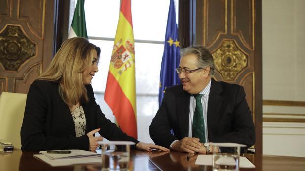 La presidenta Susana Díaz y el ministro Juan Ignacio Zoido, reunidos este lunes en San Telmo