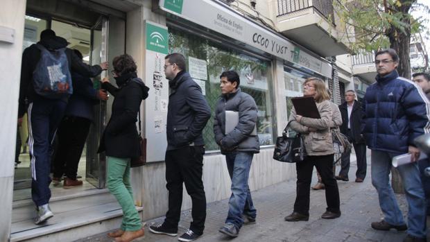 El paro sube en marzo y suma ya m s de desempleados for Oficina virtual de empleo cordoba