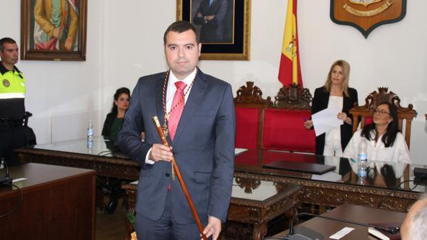 José Manuel Mármol, en su investidura como alcalde de Priego de Córdoba