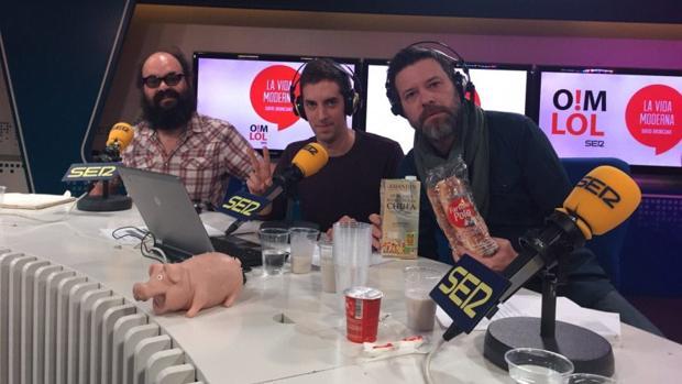 Ignatius Farray, David Broncano y Quequé, conductores del programa de la Cadena Ser