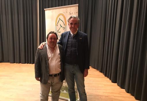 Manuel José Ramos, Socio de Honor, junto al presidente de la Asociación de Criadores