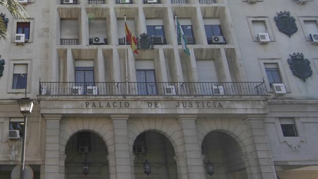 Fachada de los Juzgados de Sevilla