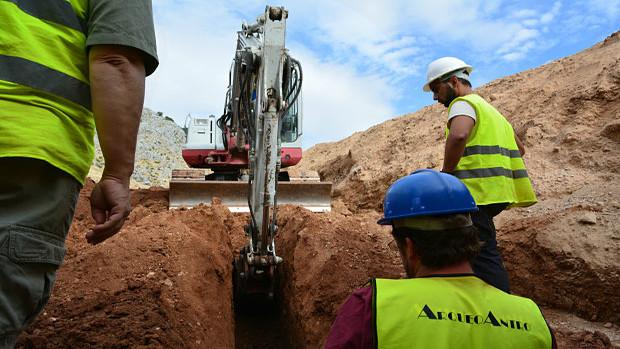 Imagen del final de la última excavación para buscar los restos de Lorca, en 2016.