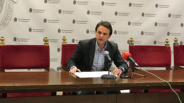 El concejal popular del Ayuntamiento de Granada, Juan Antonio Fuentes, este martes
