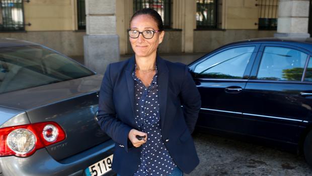 María Núñez Bolaños, en las inmediaciones del juzgado