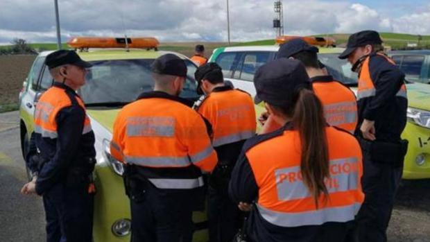 Efectivos de Protección Civil durante un servicio