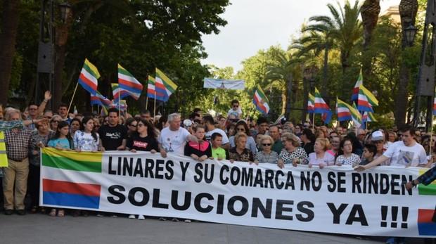 Casi 30.000 personas participaron en la manifestación del 17 de mayo en Linares para pedir su reindustrialización