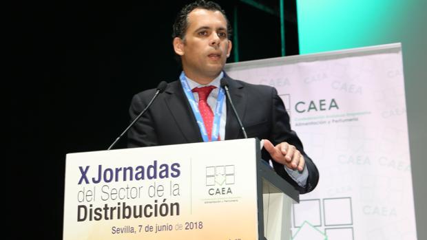Raúl Perales es actualmente director general de Comercio de la Junta