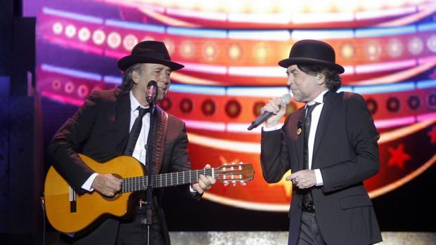 Actuación de Sabina con Serrat en el Festival de la Guitarra de Córdoba de 2012