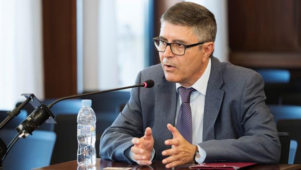 Tomás Domínguez, funcionario que informó sobre los ERE tras el escándalo, testifica ante la Sala